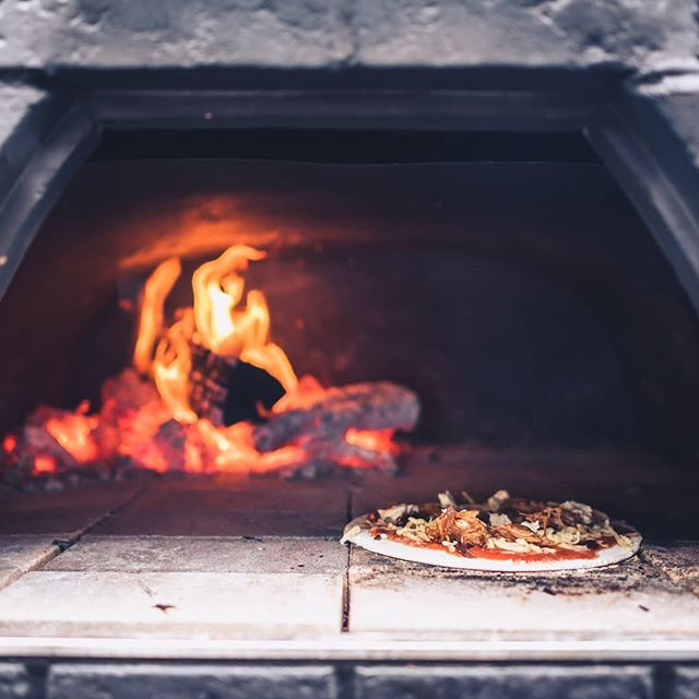 Wood Fired Pizza | Pizza Oven | Mobile Event Catering | Plenty of Thyme